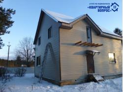 Дом с земельным участком, д. Луни